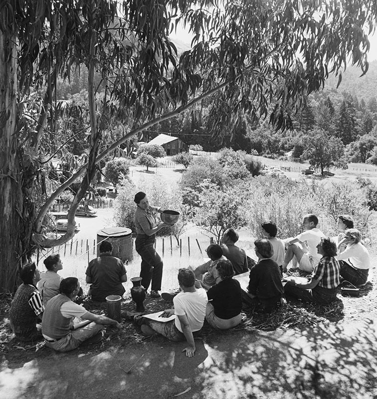 Marguerite Friedlaender-Wildenhain teaching students outside, photo by Otto Hagel, provided by permission from Stewards of the Coast and Redwoods